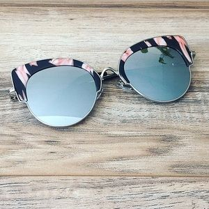 Accessories - Marbled cat eye sunglasses.